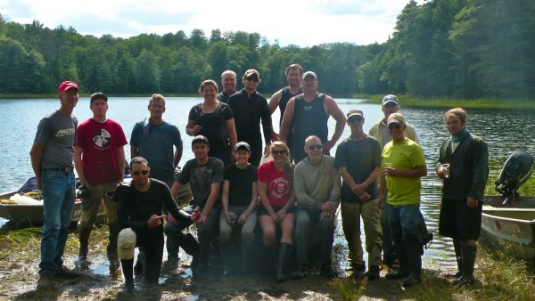 The 2013 Trout Lake Station faculty and student group. (Aisha Liebenow, x'14)