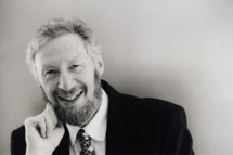 Howard Karp, pictured in 2000, died June 30 at the age of 84. The patriarch of a prolific musical family, he was a professor emeritus of piano in the UW-Madison School of Music. (Photo courtesy University Communications)