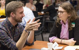 UW-Madison alumnus Brett Schilke talks with a student. Schilke works at Silicon Valley-based Singularity University, where he is director of impact. (Photos by Sarah Morton, College of Letters & Science)