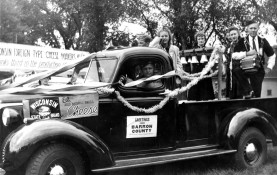 Otto Rindlisbacher at the wheel, with Iva Rindlisbacher and other members of the Lumberjacks, c. 1930s. Rindlisbacher and his fellow musicians are among those forgotten voices of Wisconsin's cultural heritage to be digitally preserved and accessible. Photo credit: UW Digital Collection
